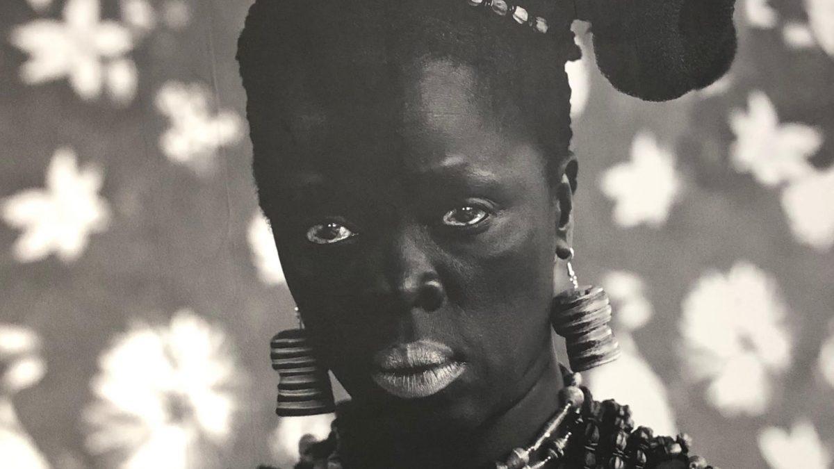 """""""BLACK IS BEAUTIFUL"""". LA ESTÉTICA QUE DENUNCIA"""