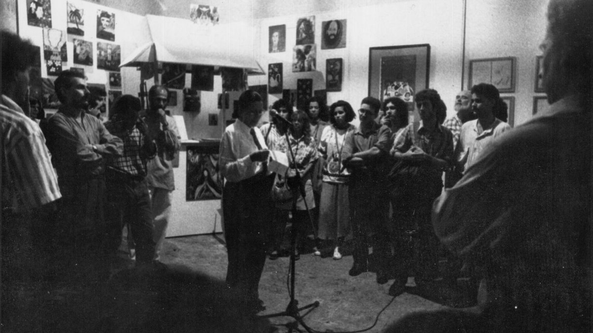 CRONOLOGÍA MEDIO COMPLETA MEDIO INCONCLUSA DE LAS ARTES VISUALES Y UN TIN MÁS ALLÁ. 1976-2O15. AÑO 199O